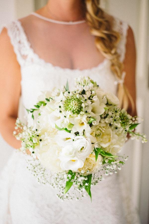 La sposa con il bouquet