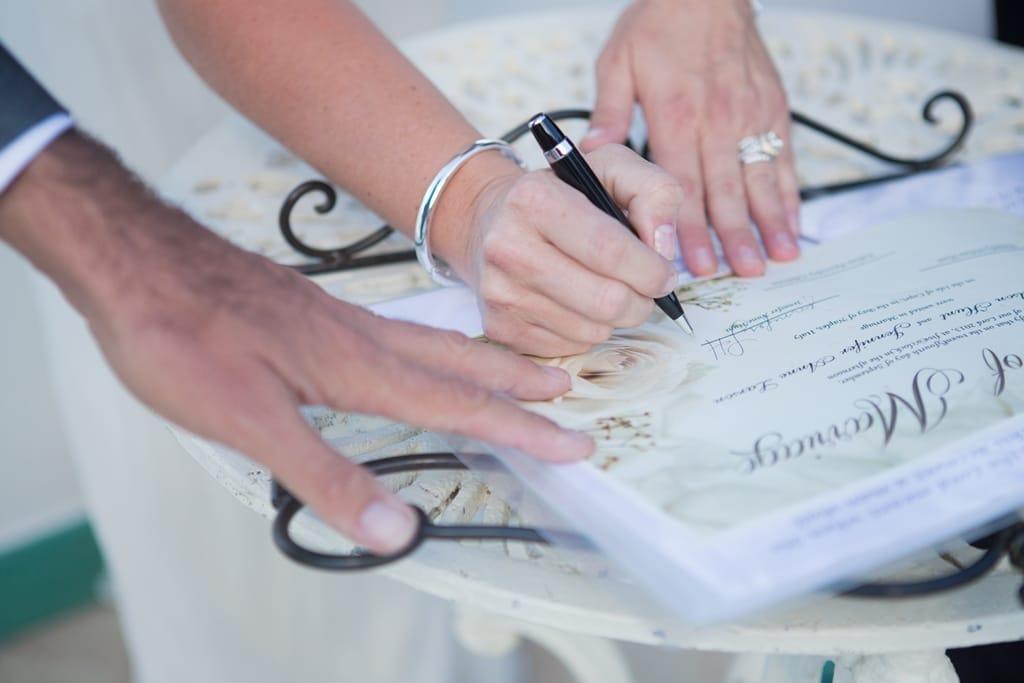 Certificato Matrimonio Simbolico : Un intimo matrimonio simbolico part
