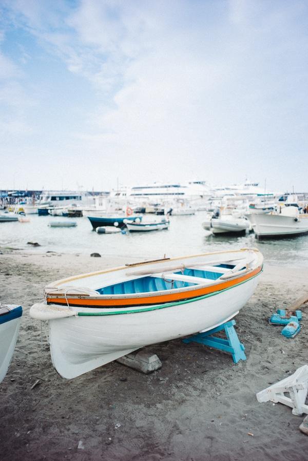 Barca a Marina Grande