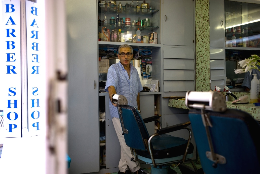 Barber shop in Capri for groom